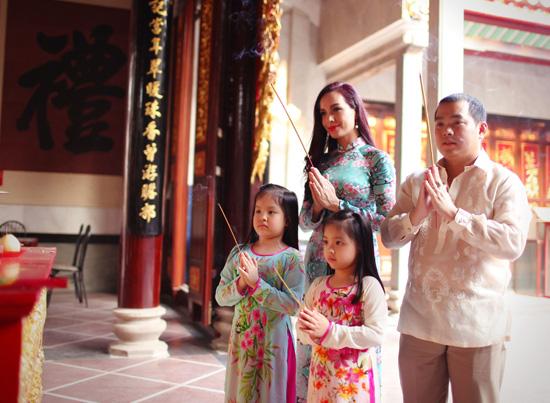 thắp hương khi đi lễ chùa